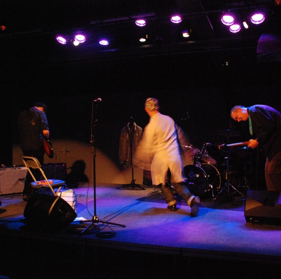HMMM live at Le Consortium